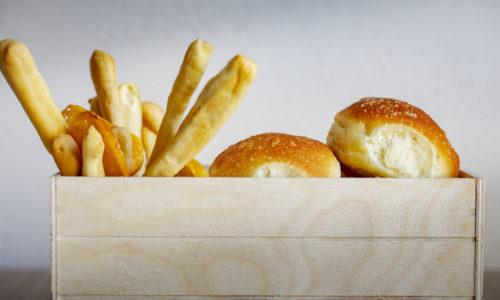Pane e Grissini di Produzione Propria - Ristorante di pesce fresco, piatti della tradizione con un tocco di innovazione dell0 Chef Rocco Di Marzo